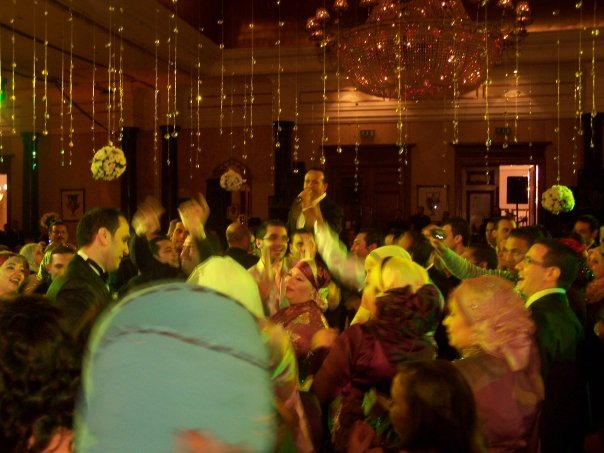 Egyptian crooner Hisham Abbas entertains wedding guests