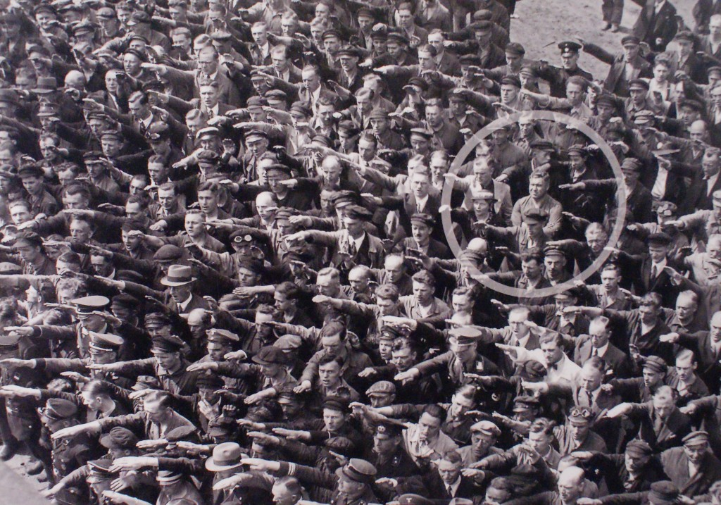 An unknown German defies the tyranny of Nazism and the mass psychosis of the time. From Topography of Terror collection.